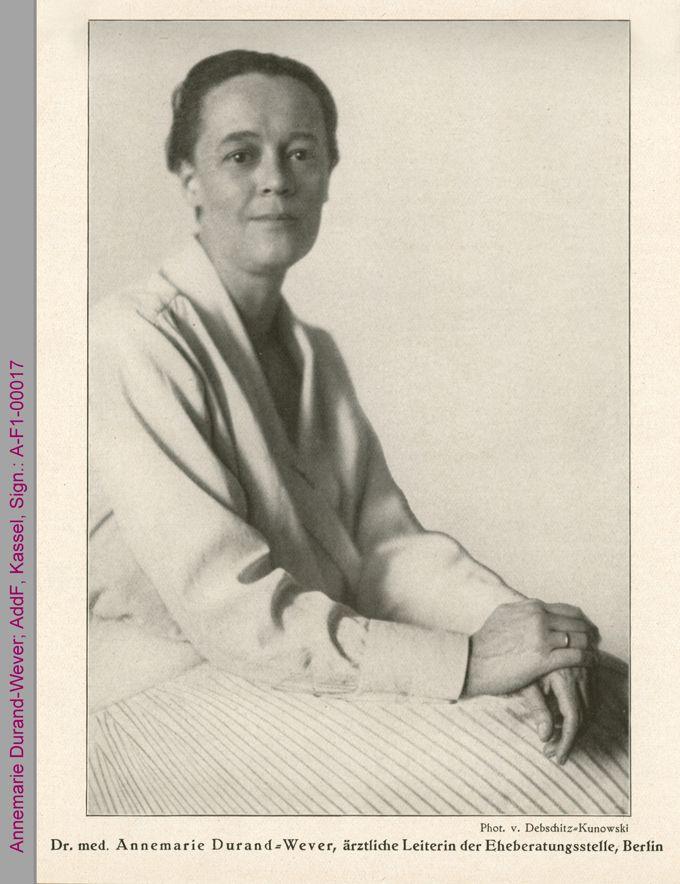 Porträt von Annemarie Durand-Wever