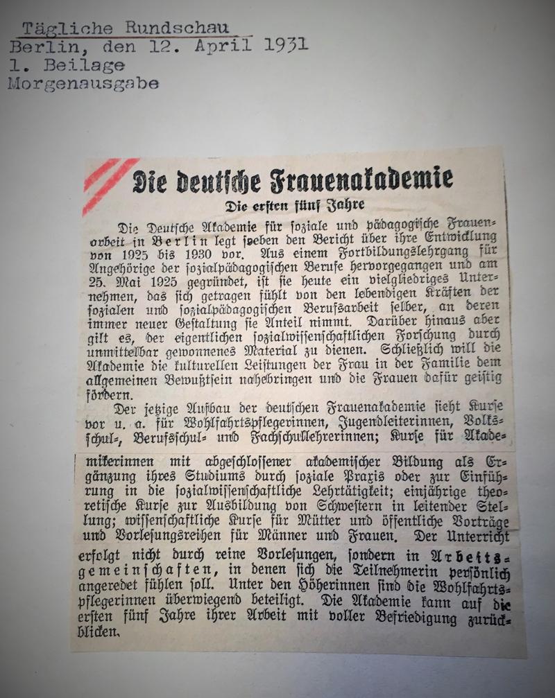 Akademie für soziale und pädagogische Frauenarbeit - Zeitungsartikel