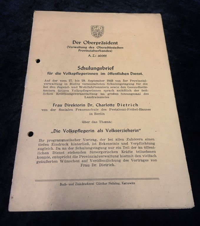 Schulungsbrief für die Volkspflegerinnen im öffentlichen Dienst 1943