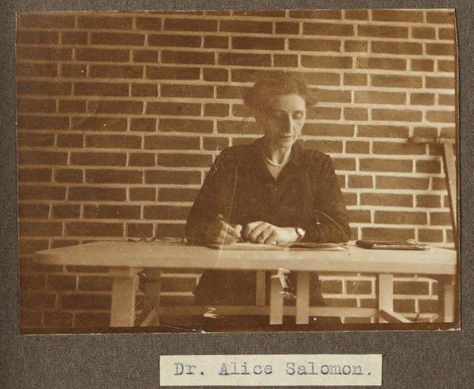 Dozentin der Sozialen Frauenschule - Dr. Alice Salomon