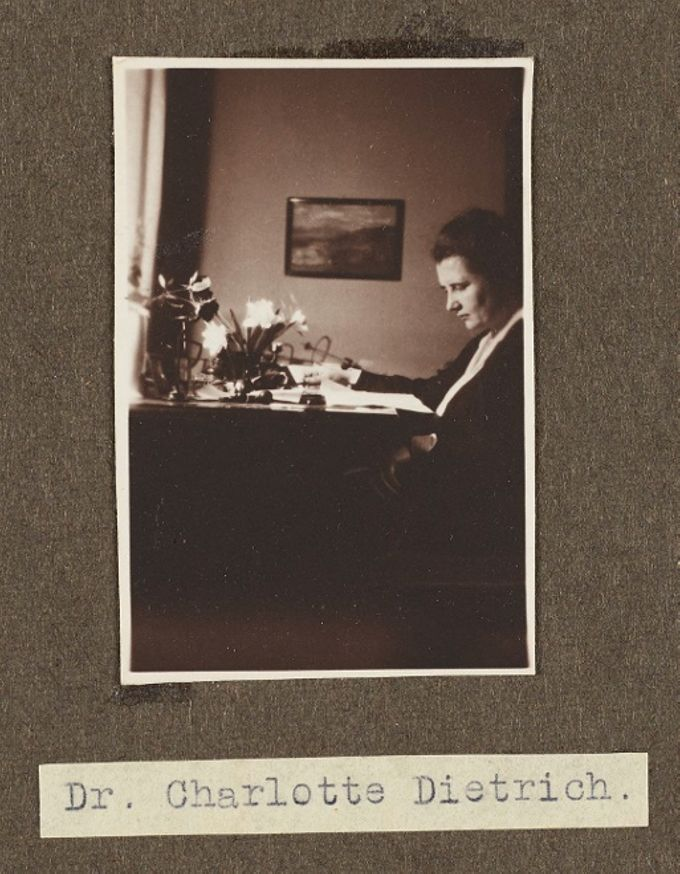 Dozentin der Sozialen Frauenschule - Dr. Charlotte Dietrich