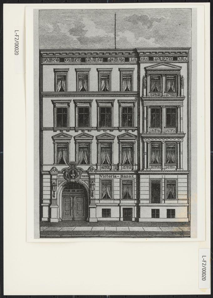 Fassade des Lette-Hauses in der Königgrätzer Straße 90 in Berlin / Seite 1