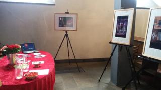 Fotografien Im Winkel : Ausstellung am Gottesdienst zum Internationalen Hurentag
